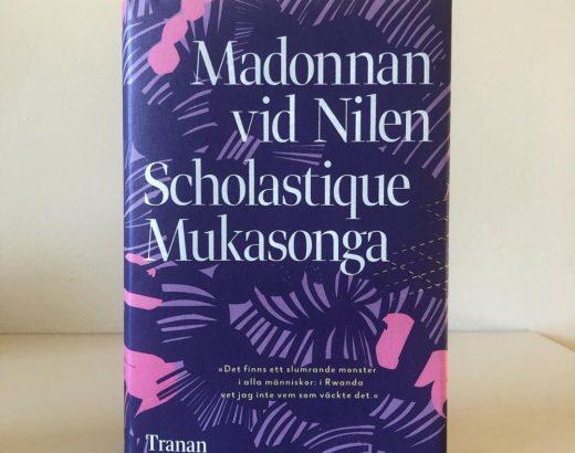 Madonnan vid Nilen - Scholastique Mukasonga - Tranan - design par Kerstin Hansons